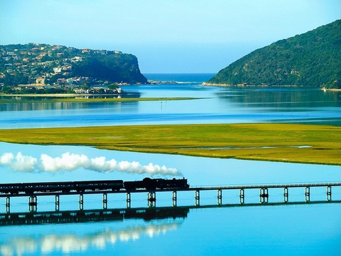 Ian Fleming, Knysna Lagoon, Steam train Knysna, Outeniqua Choo Tjoe, stoomtrein knysna